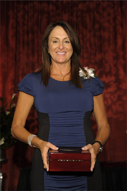 Cindy Laffey Receives Women Who Mean Business Honor